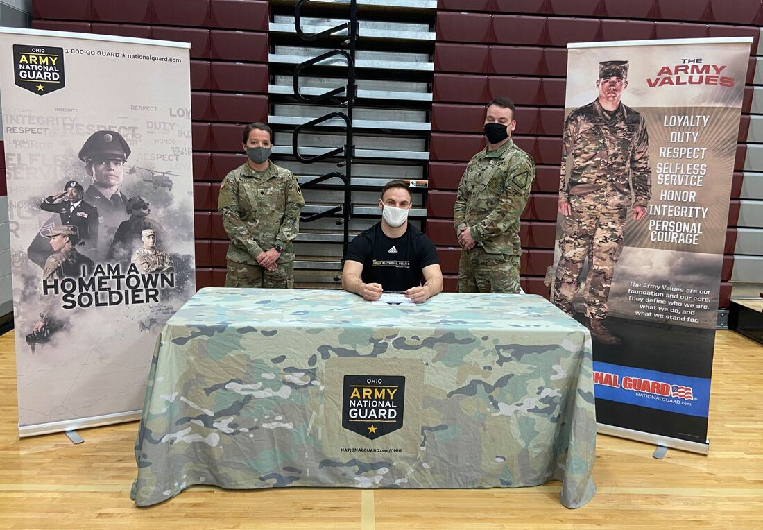 Trey Williams, Urbana High School senior, commits to Army National Guard